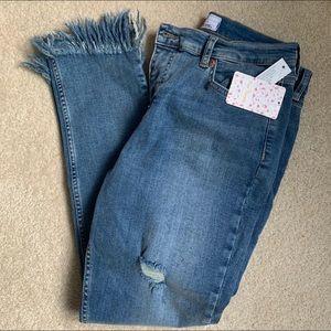Free People Distressed Skinny jean